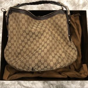 Authentic Gucci Handbag - like brand new
